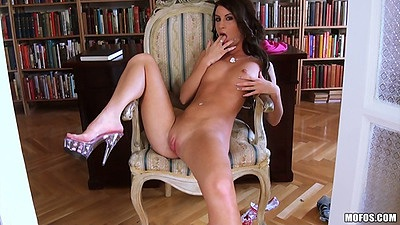 Naked petite euro slut Ariella gives a close up shaved pussy look